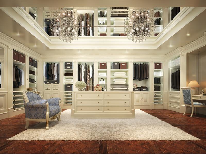 Cabina armadio in stile classico bianco
