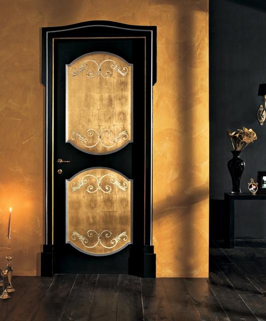 Porta decorata a mano