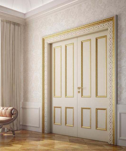 Porta gessata con cornici oro